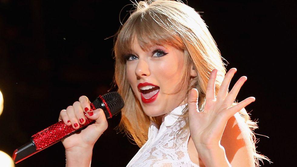 Le 10 cantanti più ricche del 2016