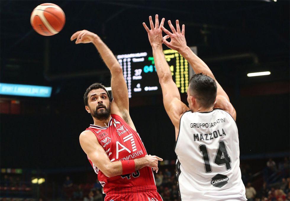 """Basket: Milano e Pistoia sempre capolista. Il """"plus/minus"""" della 6a giornata"""