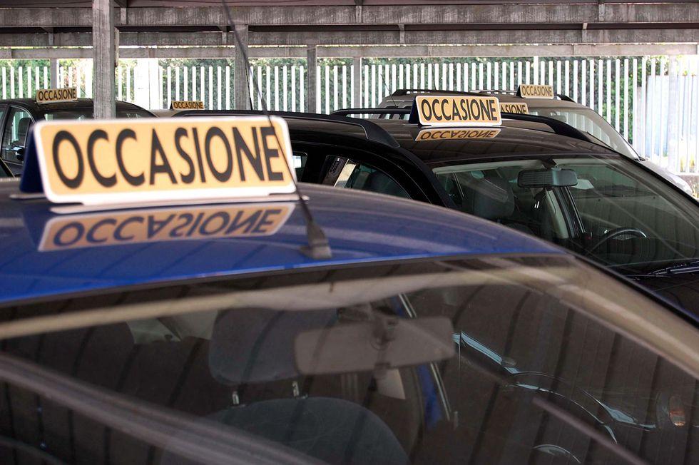 Polizze auto, perché sempre più italiani le pagano a rate