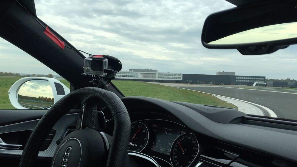 foto-audi-autopilota