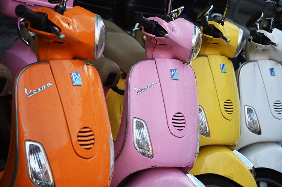 Vintage Italian scooters available (only) in India