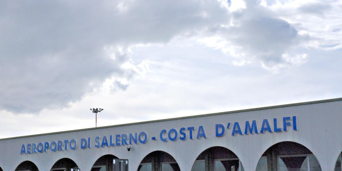 Aeroporto Salerno-Costa D'Amalfi