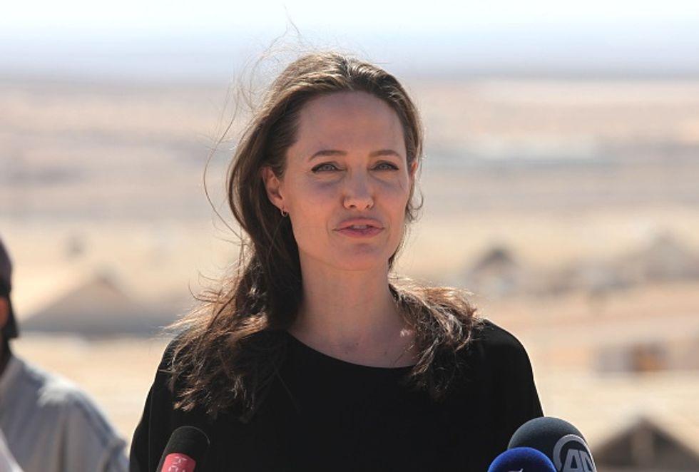 Angelina Jolie: matrimonio in vista con un misterioso uomo d'affari?