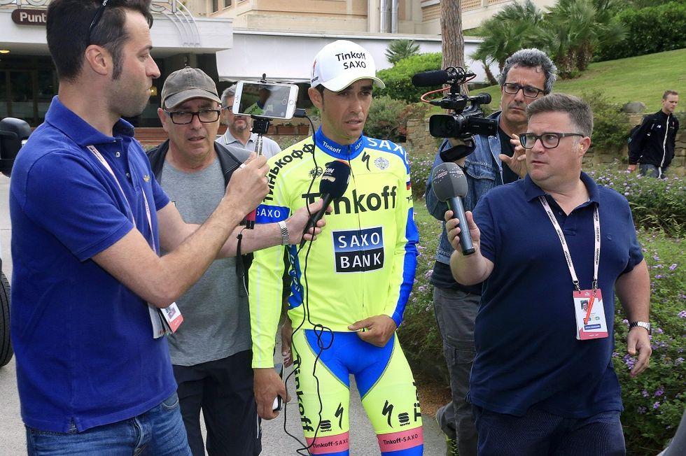 """Giro, Fondriest: """"Transenne più alte per evitare cadute come quella di Contador"""""""