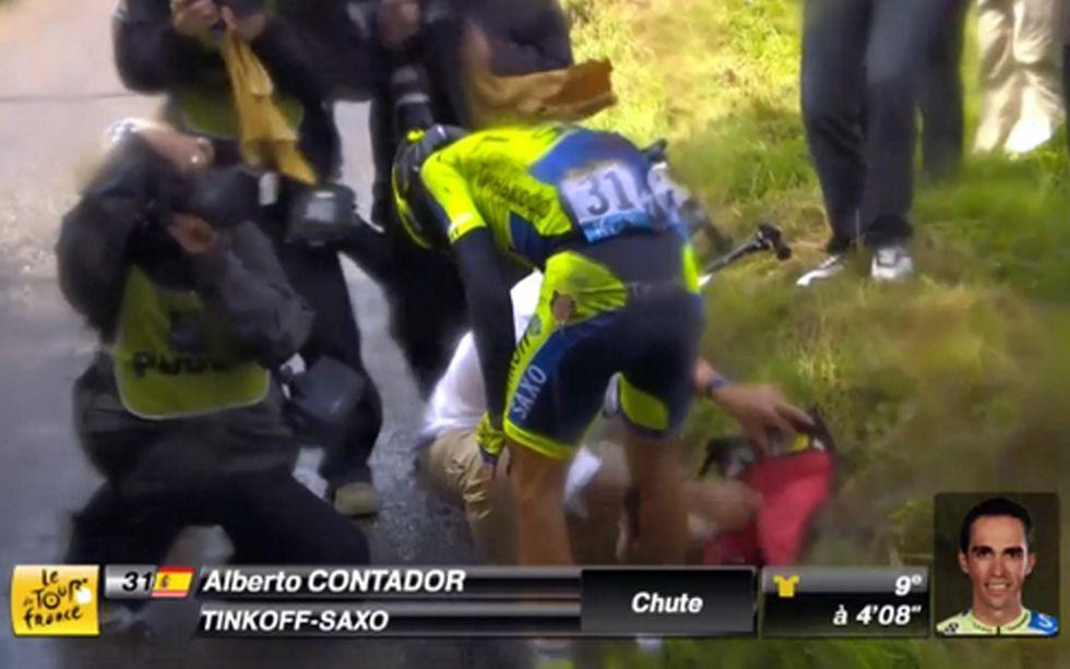 Tour de France: le immagini del ritiro di Contador