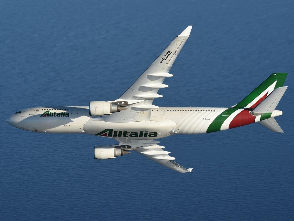 Alitalia, cresce la puntualità dei voli