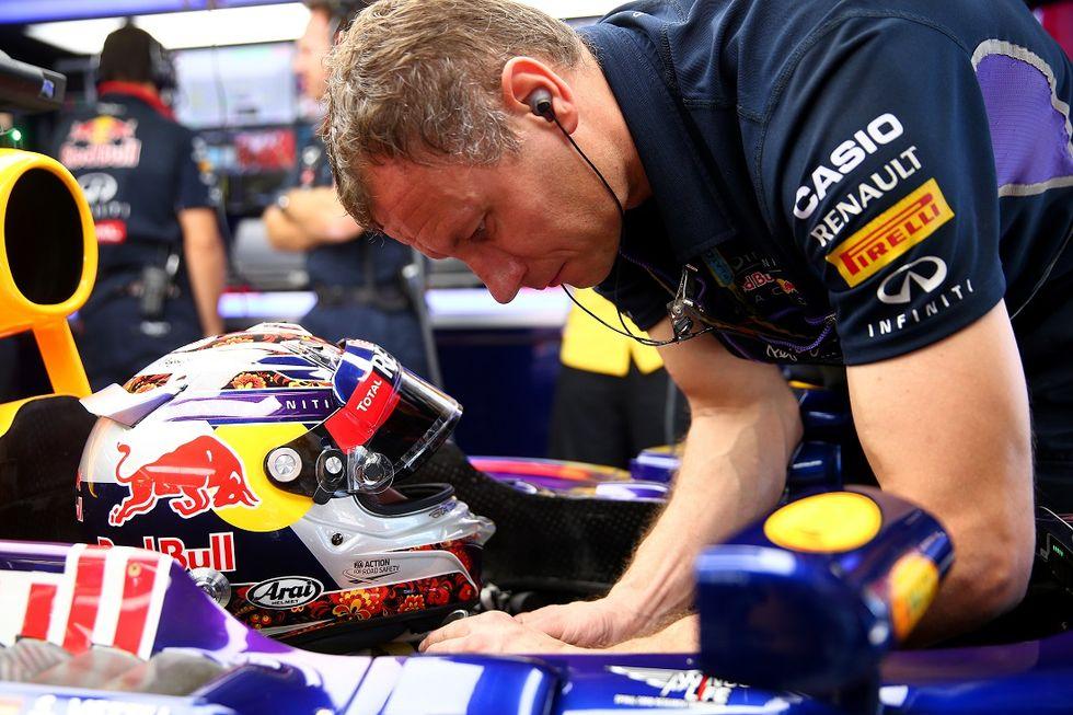 Come vive un meccanico di F1 (e cosa serve per diventarlo)