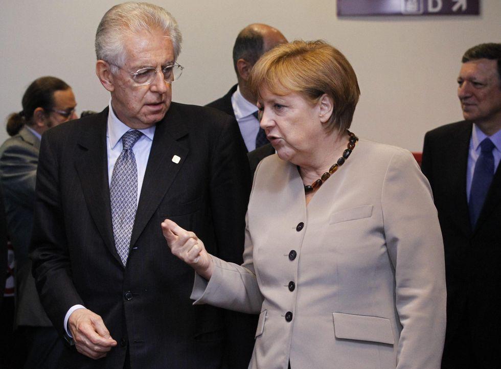 """Altro che gaffe, l'intervista di Monti con lo """"Spiegel"""" è un disastro"""