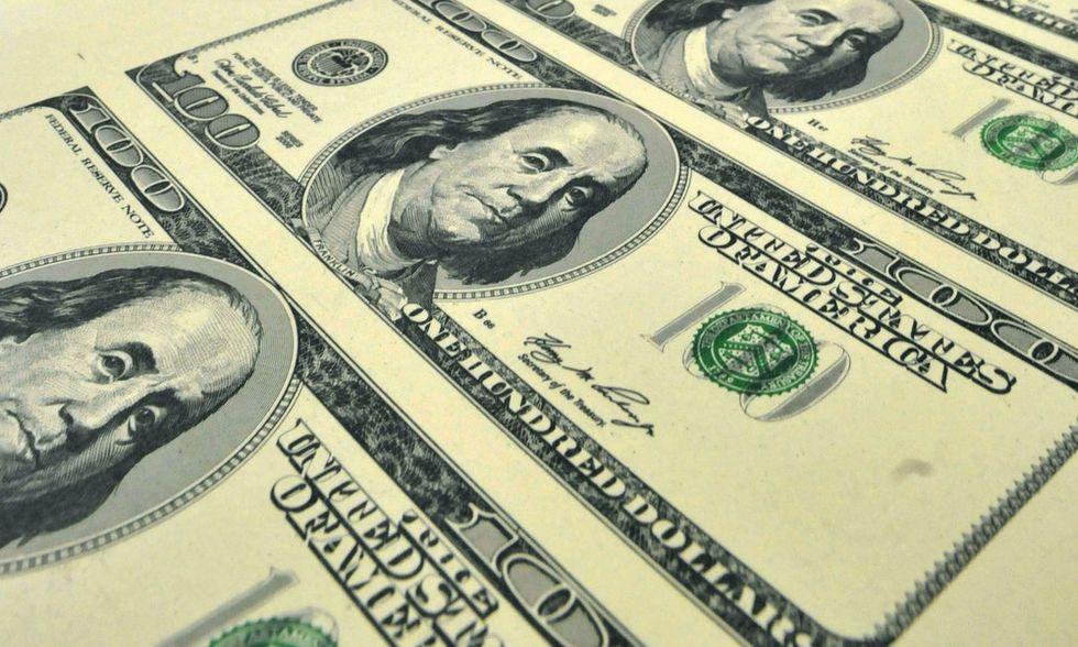 A un americano su tre piace pagare le tasse