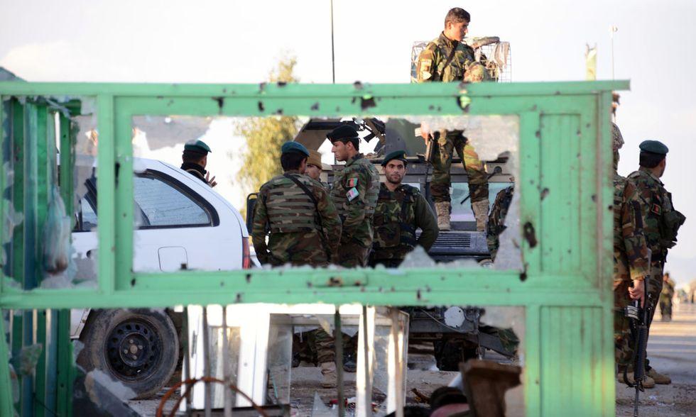Attacco talebano all'aeroporto di Kandahar