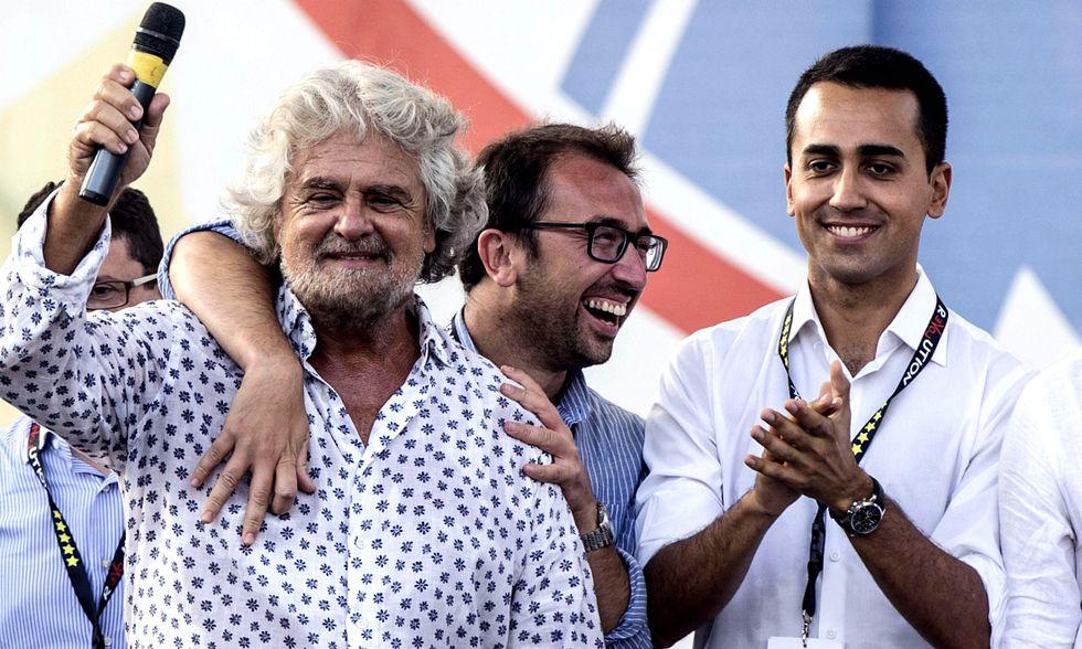 """Beppe Grillo: """"Faremo il referendum per uscire dall'Euro"""""""