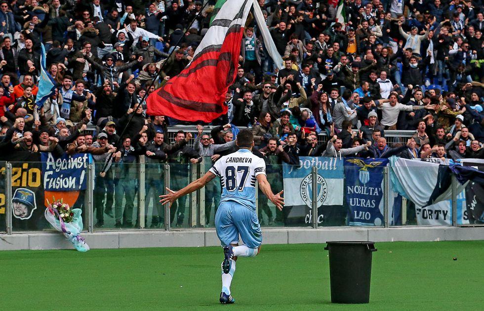 Non solo Totti: a Roma arrivano i biglietti del bus con la faccia di Candreva