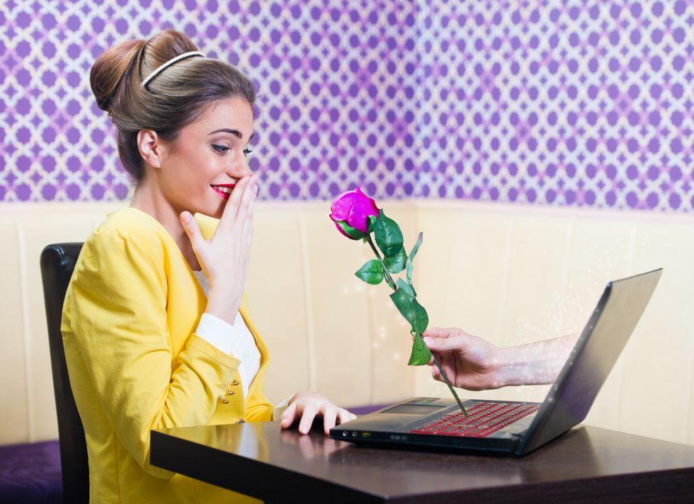 Dating online, 6 consigli per fare colpo (col gatto)