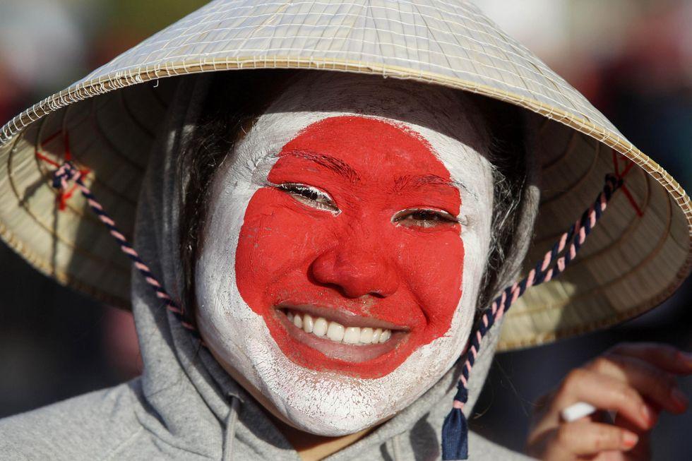 Giappone: i tycoon adottano i mariti per salvare le aziende famigliari