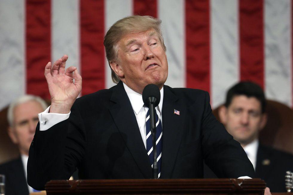 Trump, Iraq escluso dal nuovo bando anti immigrati
