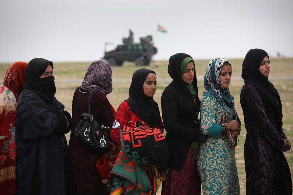 Isis-donne-terrorismo
