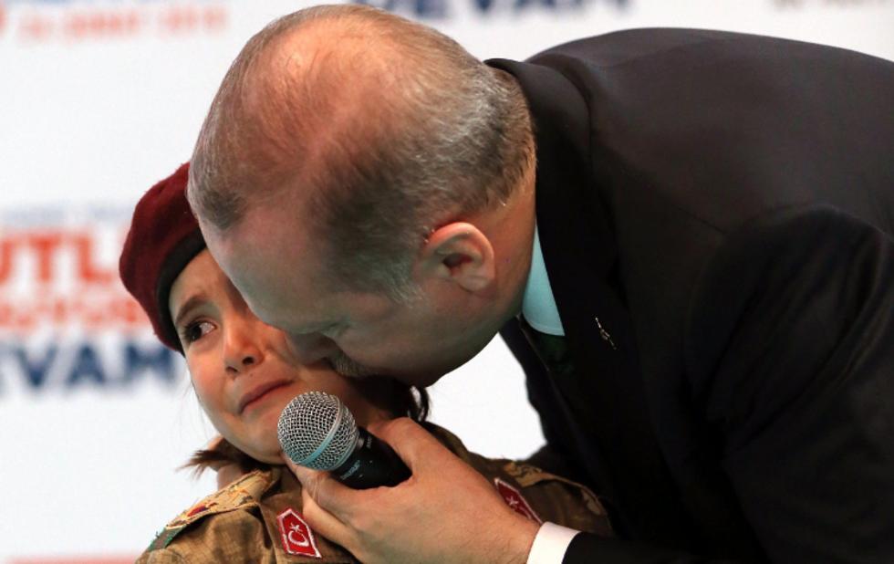 Erdogan e il martirio dell'infanzia