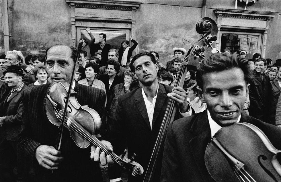 Gli Zingari di Josef Koudelka, in mostra a Milano