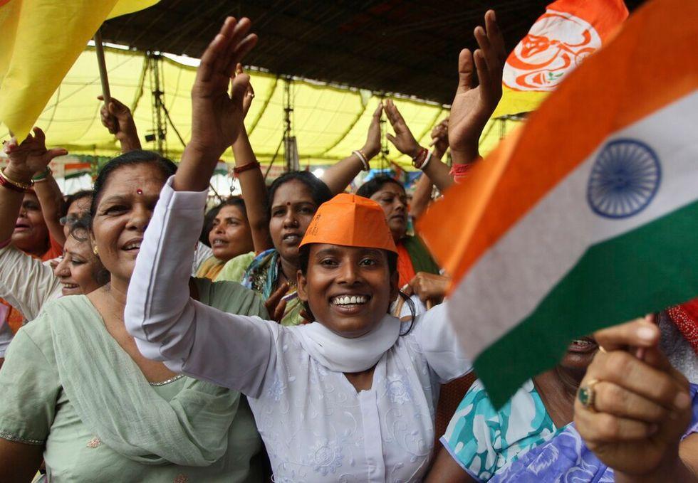 Lo yoga anti-corruzione e altre foto dall'India
