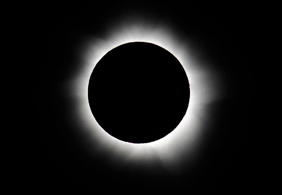 L'eclissi totale di sole in Australia