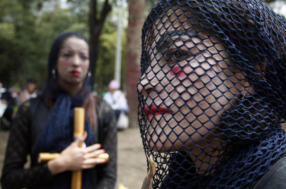 Giornata Internazionale contro la violenza sulle donne: immagini per non dimenticare