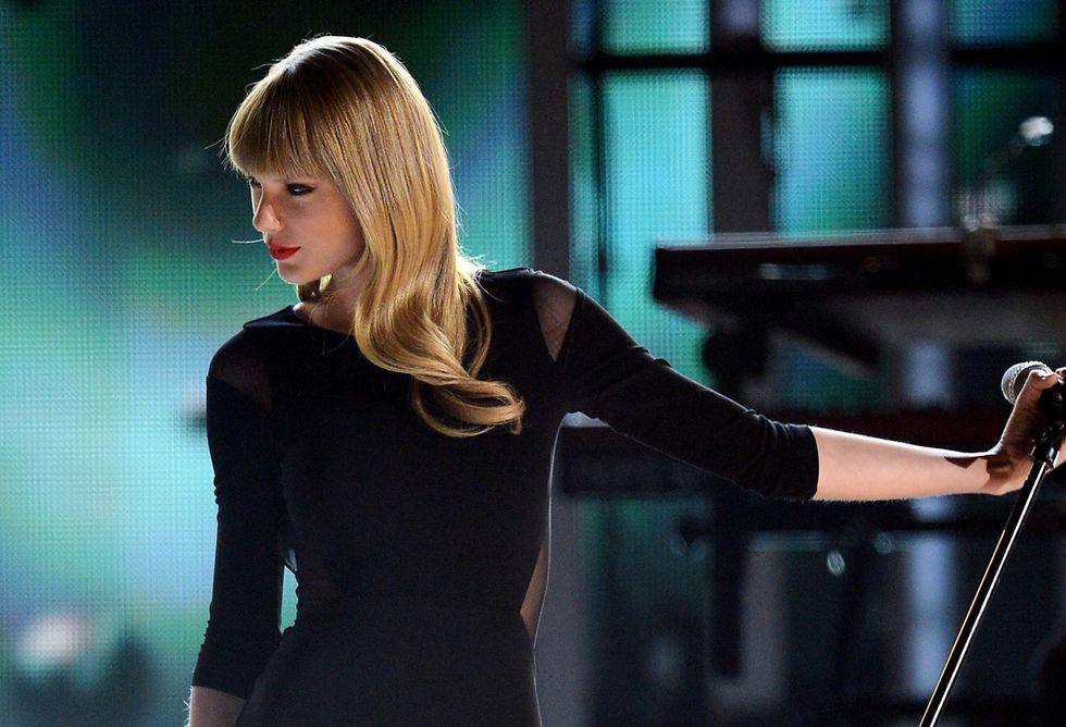Taylor Swift: 50.000 all'istruzione pubblica di New York