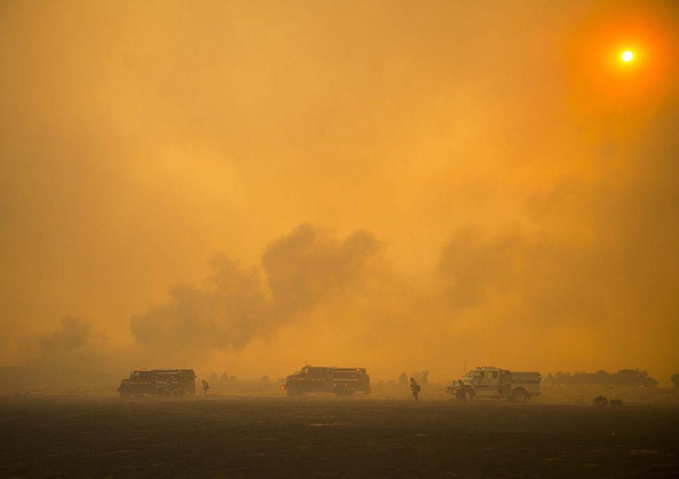 Il sud della California è in fiamme: le foto dell'incendio