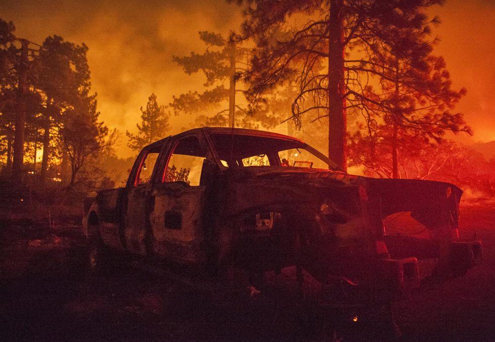Incendio in California: fiamme nella Contea di Riverside