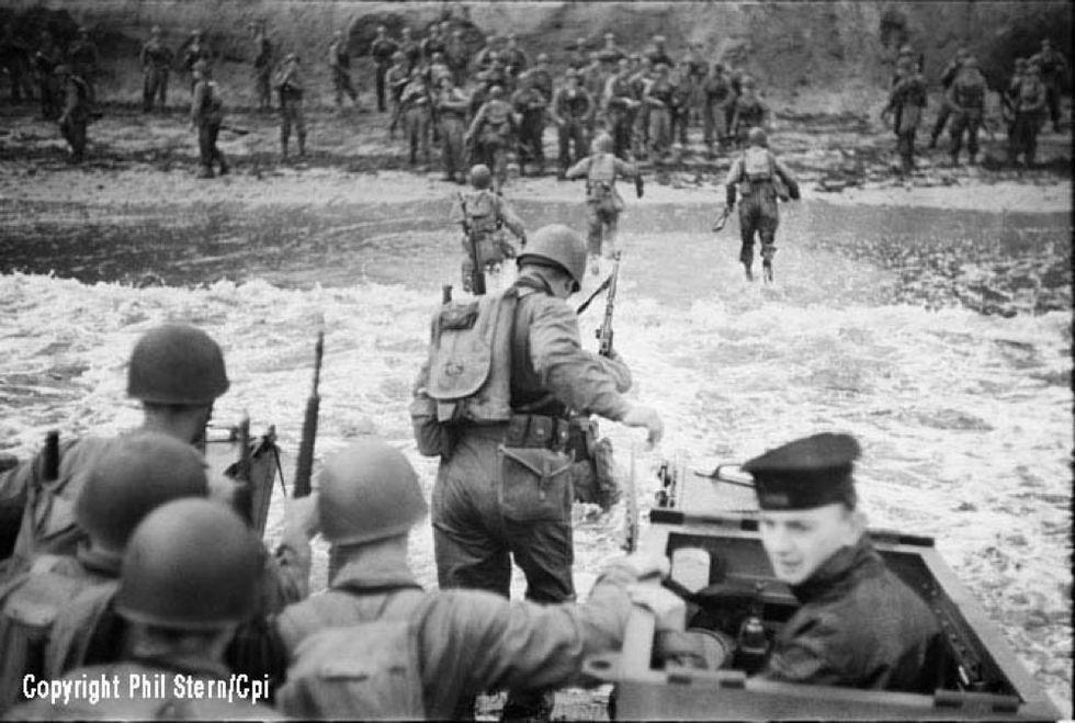 """""""Sicily 1943"""": Phil Stern racconta lo sbarco angloamericano"""