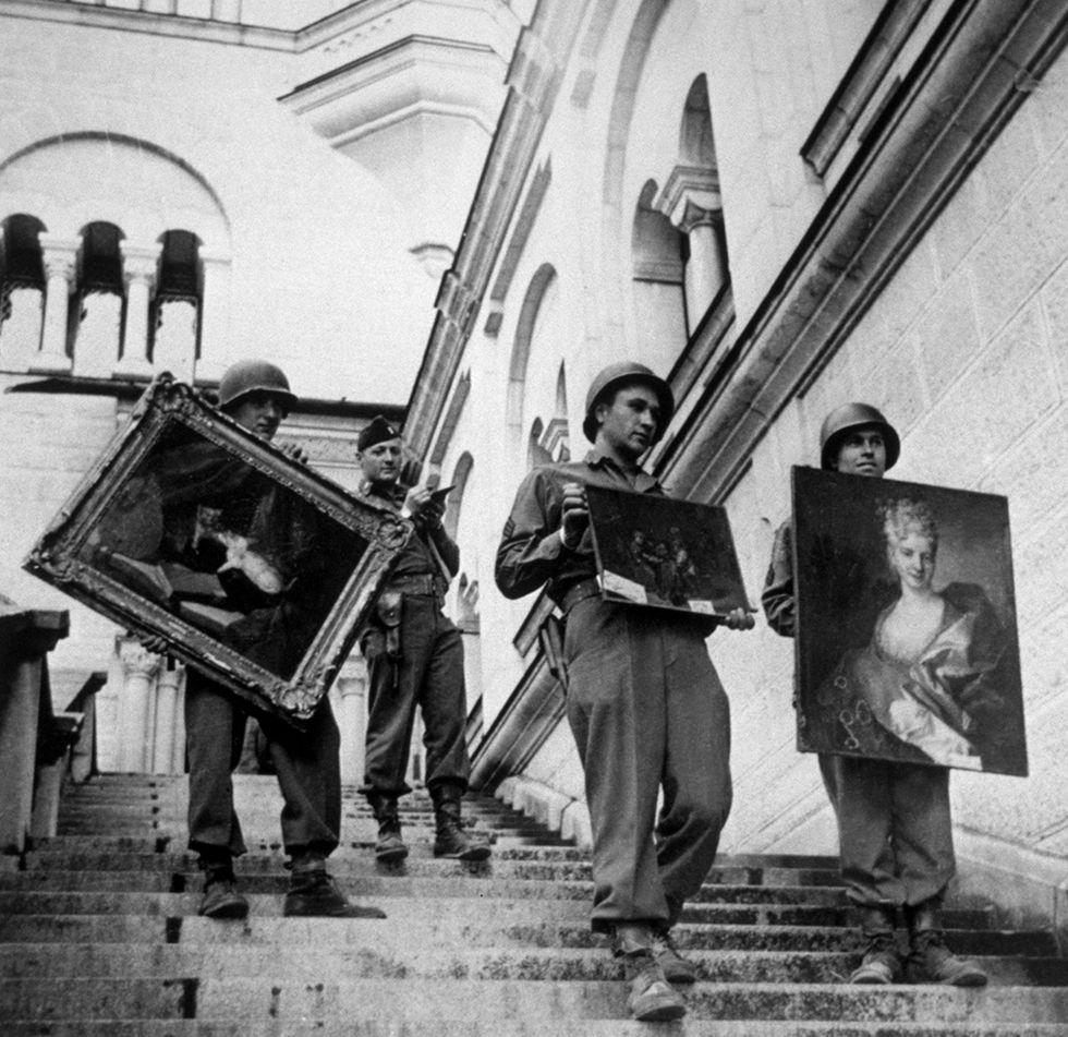 1945, il ritrovamento dei tesori d'arte rubati dai nazisti