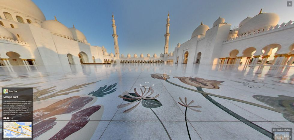 Google Street View nella Grande moschea di Abu Dhabi