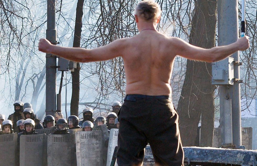 I disordini in Ucraina e altre foto del giorno, 20.1.2014