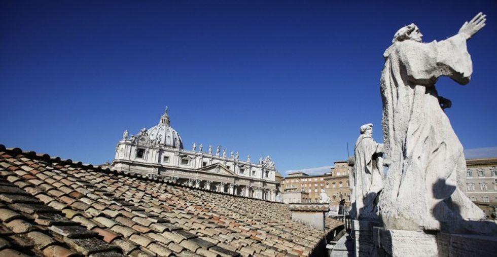 Stop ai bancomat: per Bankitalia il Vaticano è come un'isola caraibica