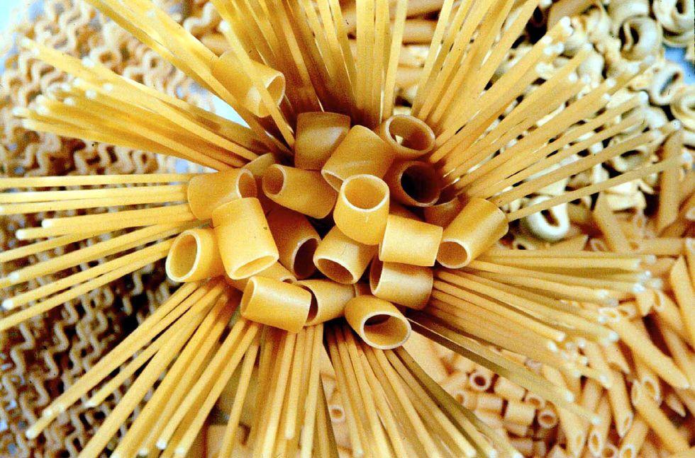 Dagli ateniesi agli americani: la storia della pasta raccontata da Prezzolini