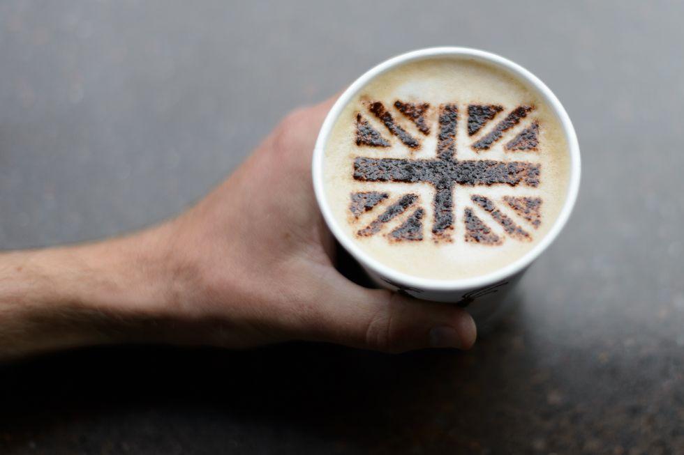 Lavazza sfida Starbucks: 400 nuovi caffè nel Regno Unito