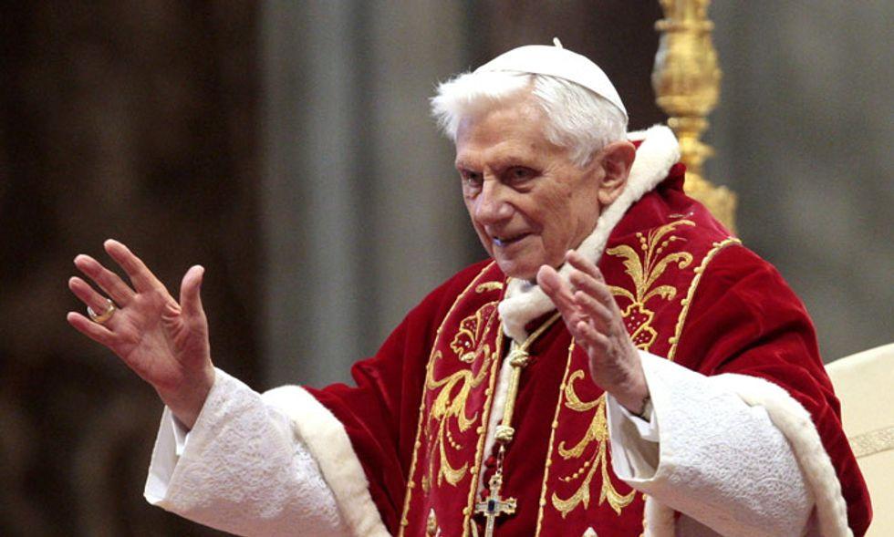 Il 'gran rifiuto' del papa, da Dante a Silone, fino a Joseph Ratzinger