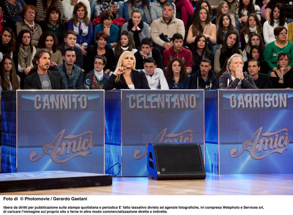 """Emma e Stefano De Martino tornano """"Amici"""" come prima"""
