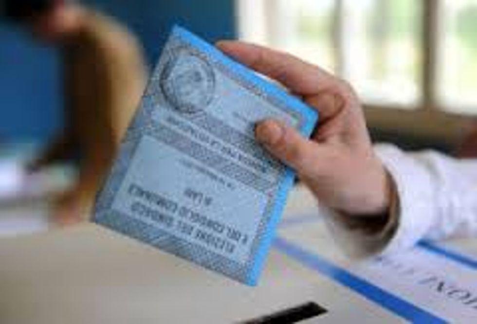 Elezioni 2013: affluenza 75% (-5%)