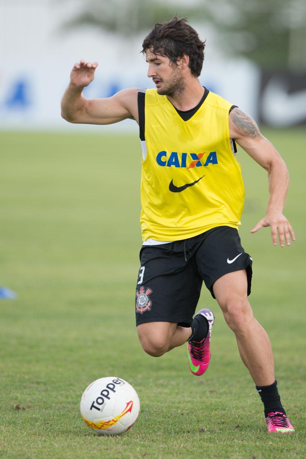 Ecco perché Pato in Brasile non si infortuna (quasi) più