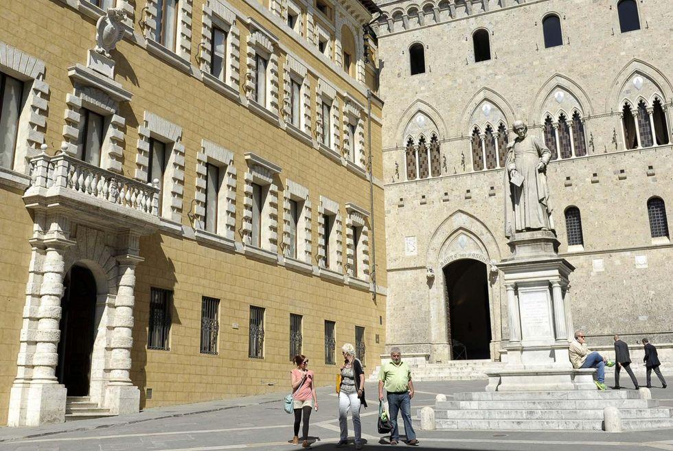 Mps, i veleni e le paure di Siena ferita