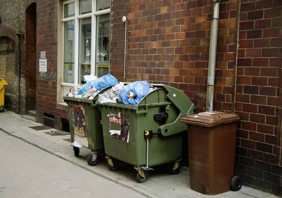 Tares, ecco perché pagheremo oro la tassa sui rifiuti