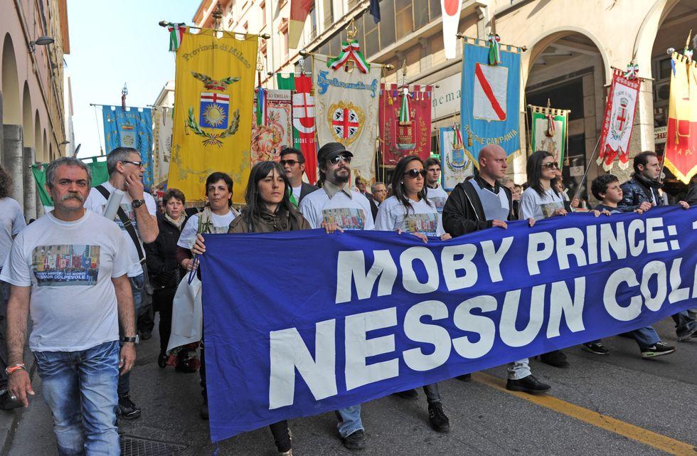 Moby Prince: 22 anni di misteri, omissioni e indagini sbagliate