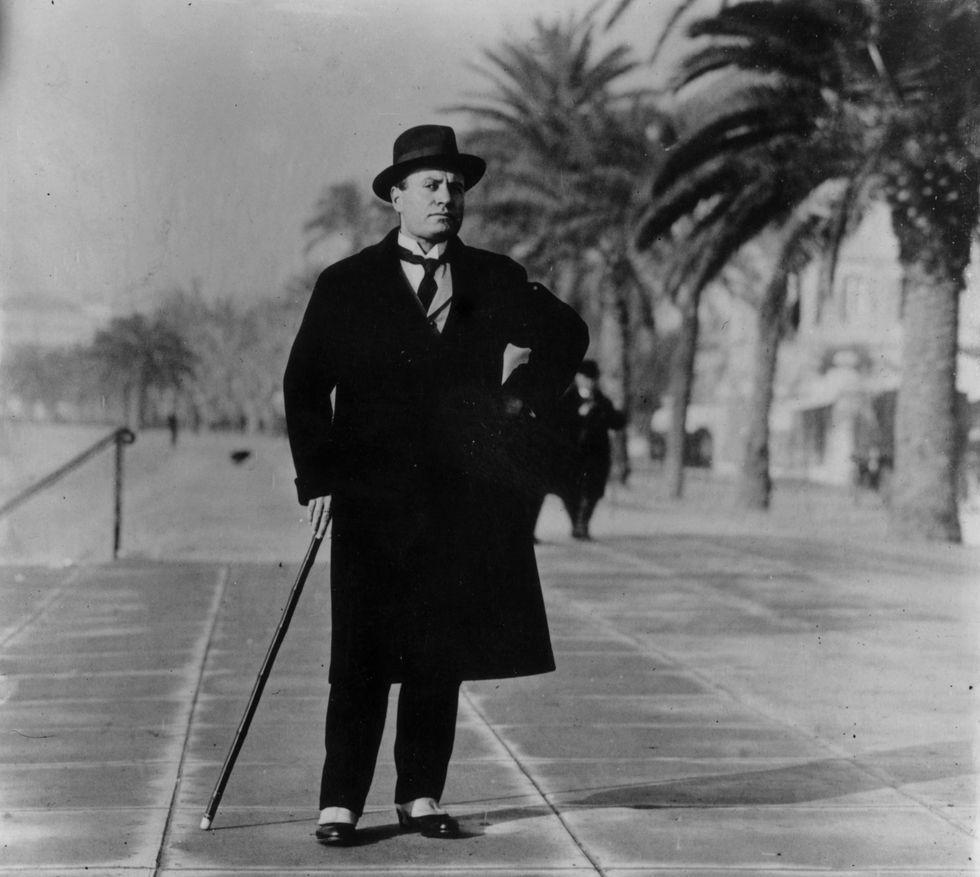 """""""Mussolini censore"""", abbagliati sulla via di Benito Mussolini"""