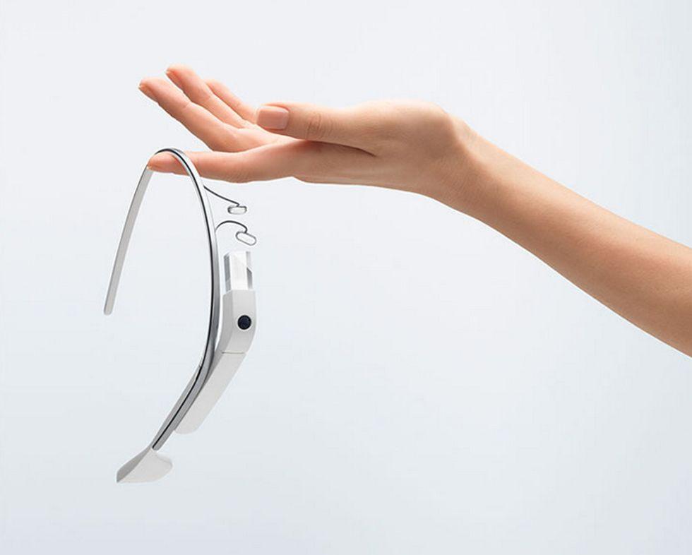Google Glass, ecco le specifiche ufficiali