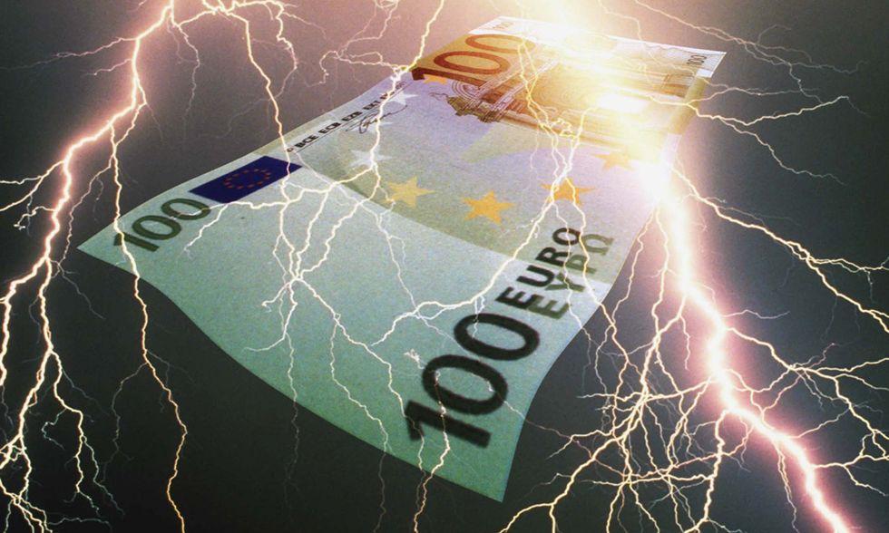 """Germania, partito antieuro: """"Diciamo tutti addio all'euro, solo così l'Italia si salverà"""""""