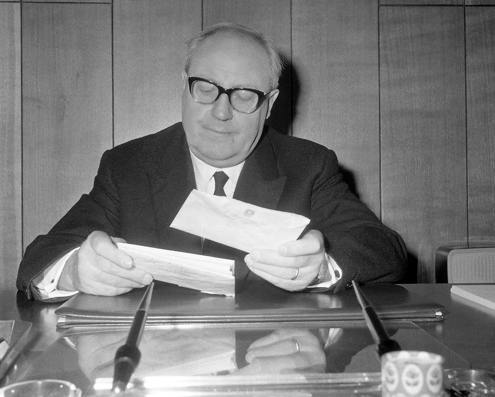Corsa al colle: l'elezione di Giuseppe Saragat (1964)