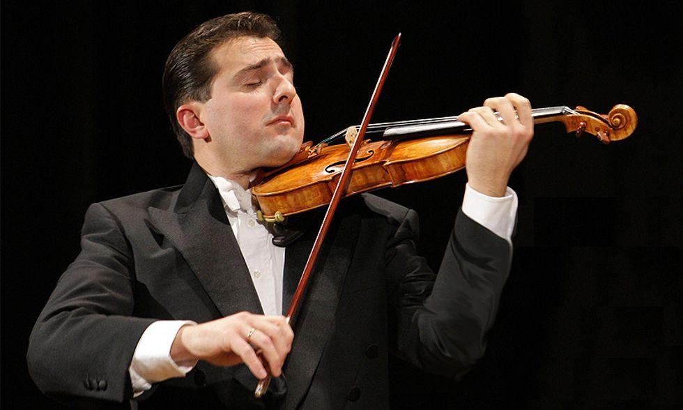 Matteo Fedeli, l'uomo degli Stradivari, in concerto a Milano per l'Associazione Paolo Pini