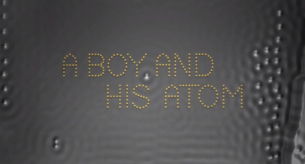 Ecco il film più piccolo di sempre, una manciata d'atomi in 242 frame