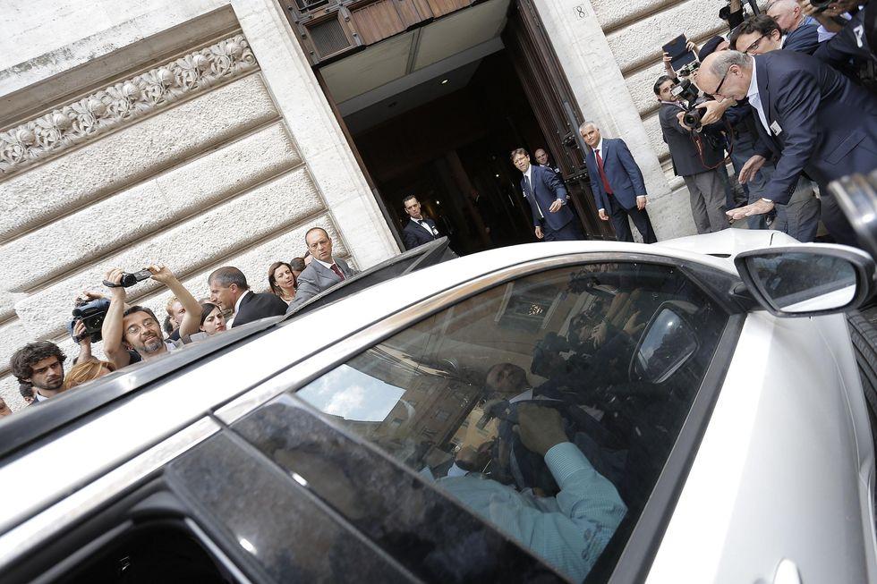 La prima volta di Grillo a Montecitorio