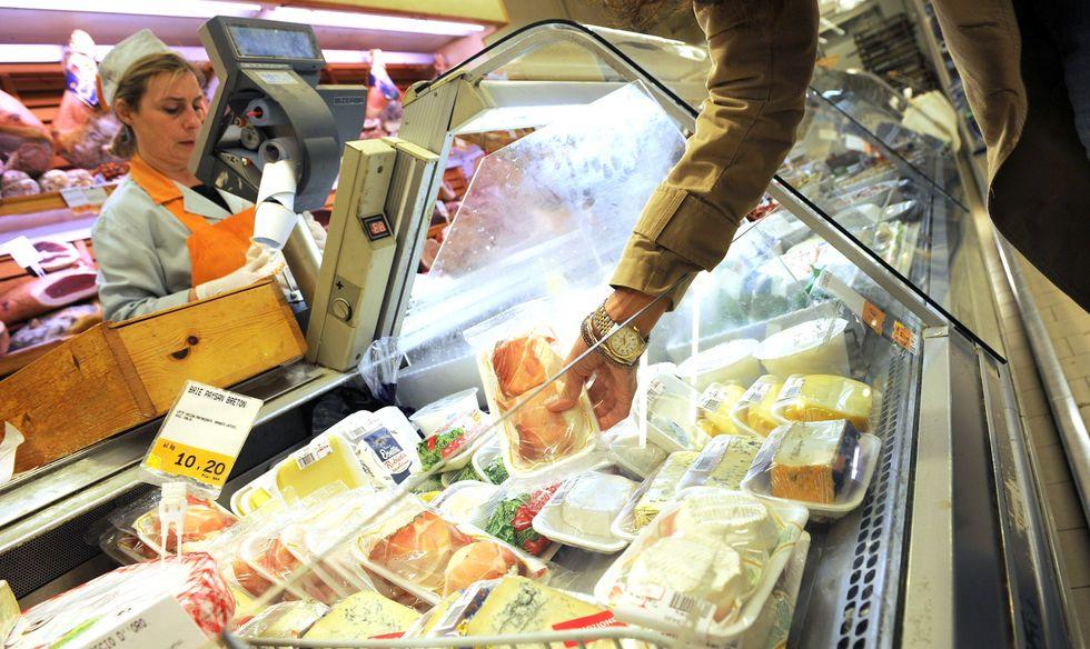 Confcommercio: balzo dei consumi a luglio